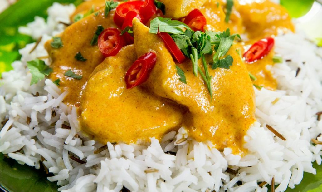 This delicious 'Buttermilk Chicken Curry' is perfect for a cold night 1