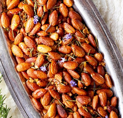 Rosemary-roasted almonds – Recipe 1