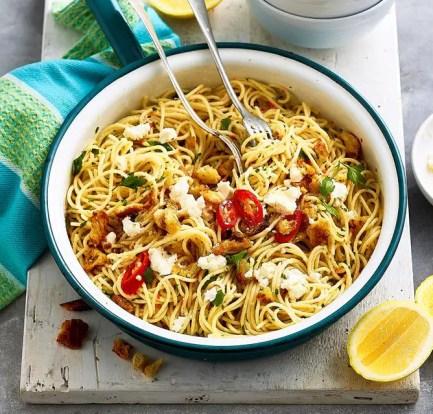Spaghetti with garlic and chilli – Recipe 5