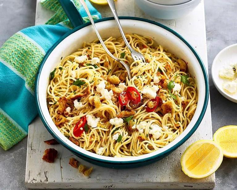 Spaghetti with garlic and chilli – Recipe 1