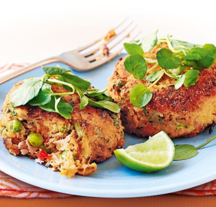 Crab and cod fish cakes with tomato salsa – Recipe 1