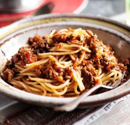 How to make spaghetti bolognese – Recipe 1