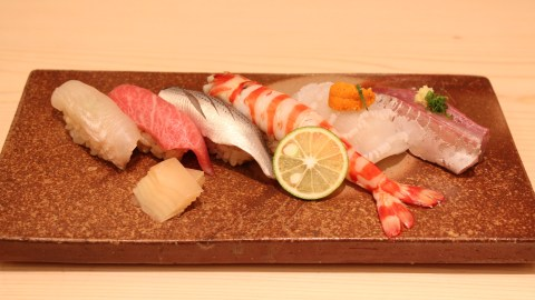 Sushi Ginza Onodera -- Sushi including Kuruma Ebi-2