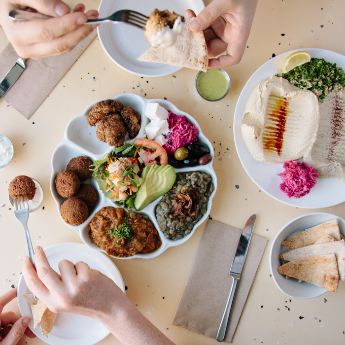 Cool Places In Vancouver To Eat: Travel Tips: Where To Eat Vegan Food In Vancouver