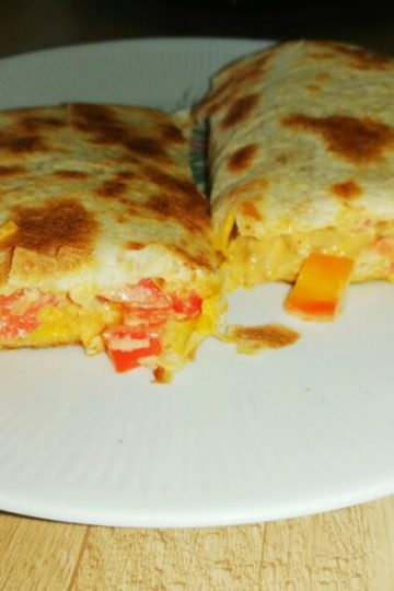 chicken quesadilla with cheese