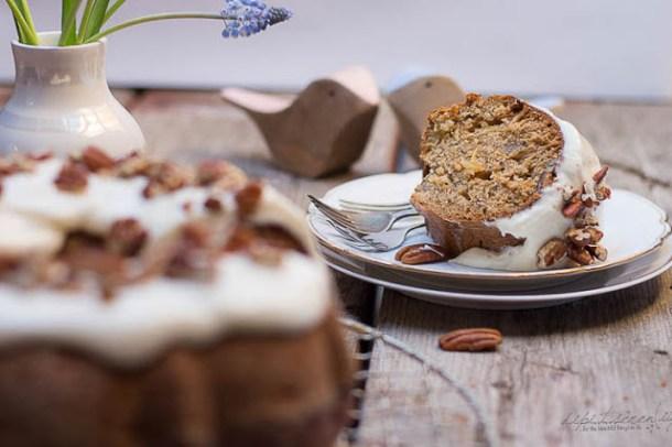 Hummingbird Bundt Cake - dipitserenity