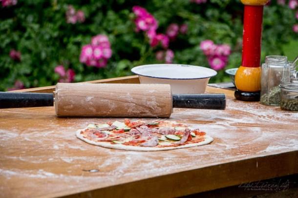 Pizza aus dem Holzofen - Martina und Moritz