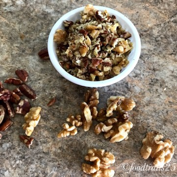 Chop the nuts(pecans and walnuts)finely