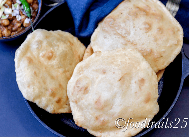 Bhature(Dilliwale Chole Bhature)