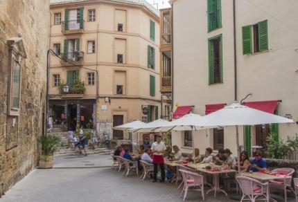 Op stedentrip naar Palma de Mallorca: de levendige hoofdstad van de Balearen