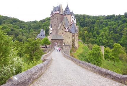 Burg Eltz: Een van de mooiste burchten in Duitsland