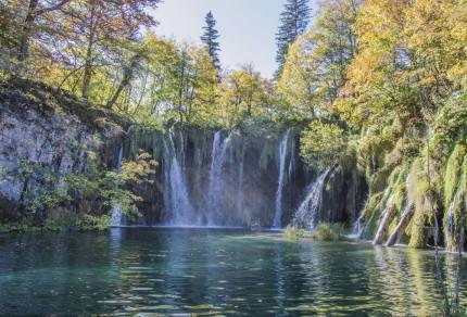 Kroatië: De Plitvice meren versus. Krka watervallen