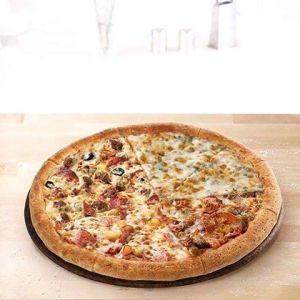 Разная пицца Папа Джонс.