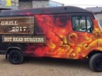 Внешний вид фудтрака Hot Head Burgers.