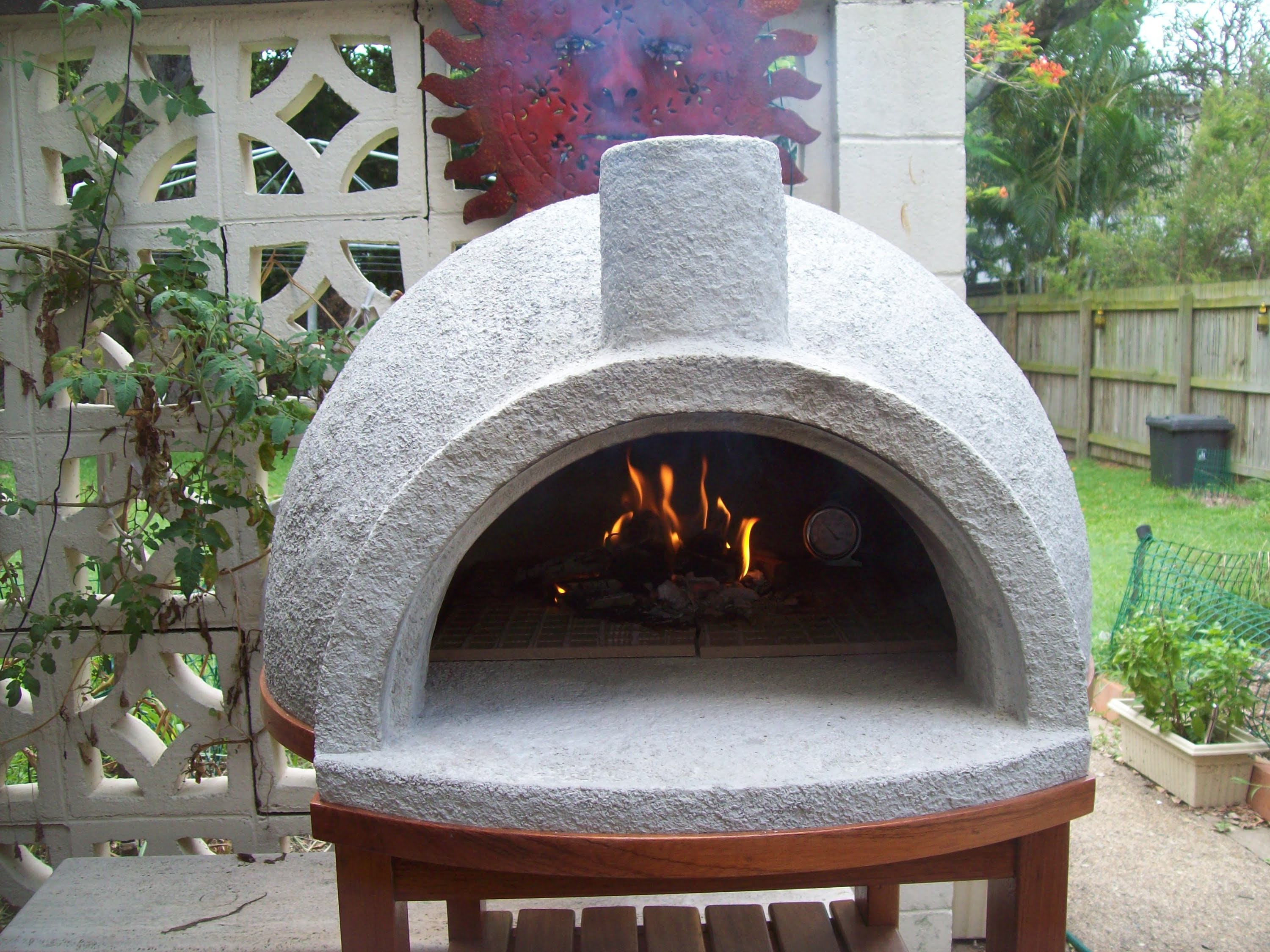 vermiculite-pizza-oven - https://foodtruckempire.com/ on Outdoor Patio With Pizza Oven  id=27344
