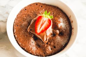 Schokoladenkuchen-Bowl