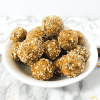 Erdnuss-Energy Balls