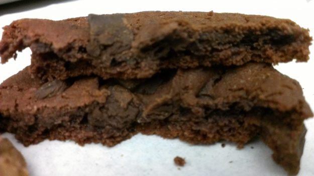 Captiva-Dark-Chocolate-Brownie Cross Section
