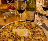 Angelus pizza: put an egg on it!