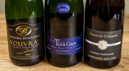 Many appellations of the Loire allow sparkling versions of the main wine. Vouvray for example, can be still or sparkling