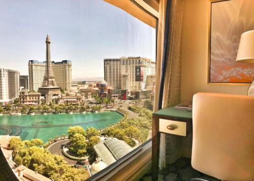 Friends Food Wine Travels Review Hotel: Travel Blog: Bellagio Hotel Las Vegas (Review 2017)