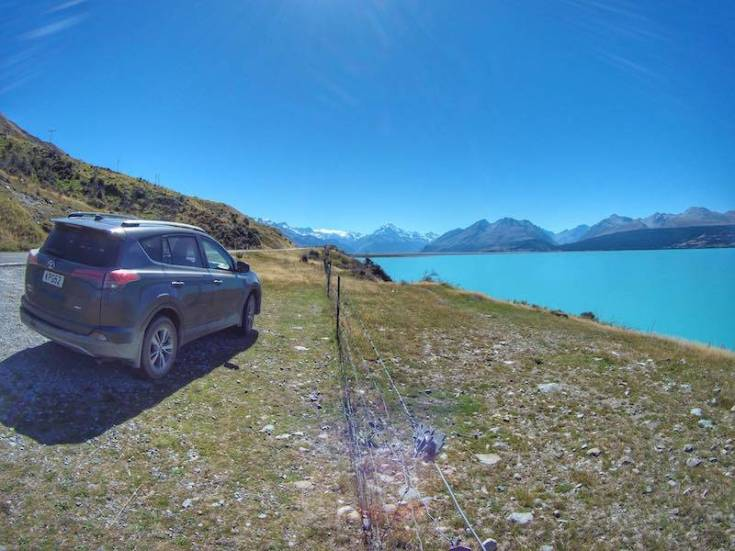 Driving to Mount Cook - Lake Pukaki