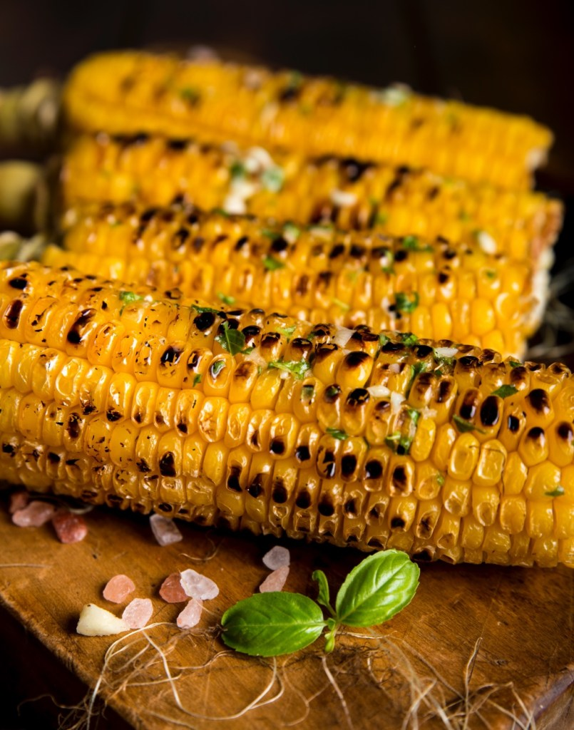 Grilled corn on the cob | photo by Dragne Marius | summer entertaining on foodwithaview.com