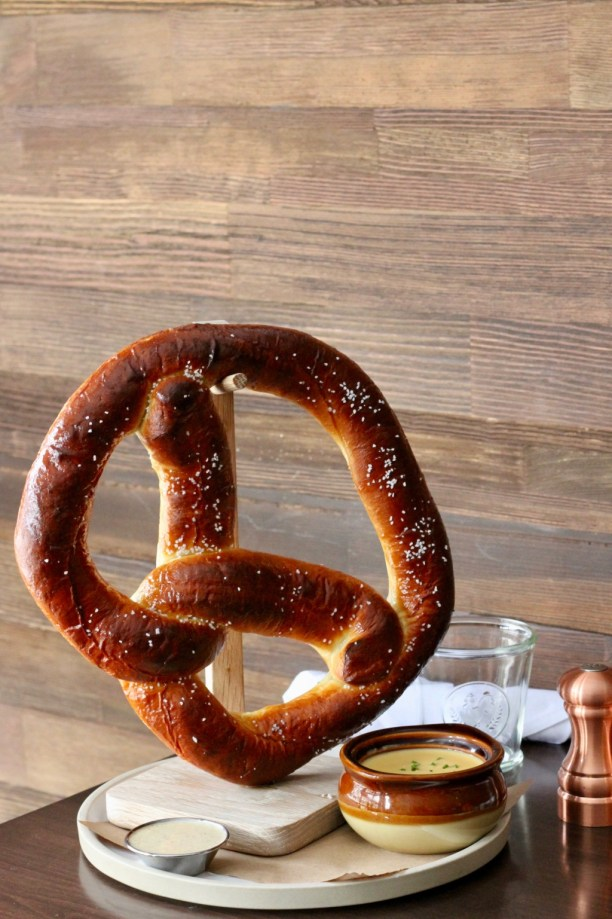 Giant pretzel with cheese fondue | The Hills Tavern in Millburn NJ | foodwithaview.com