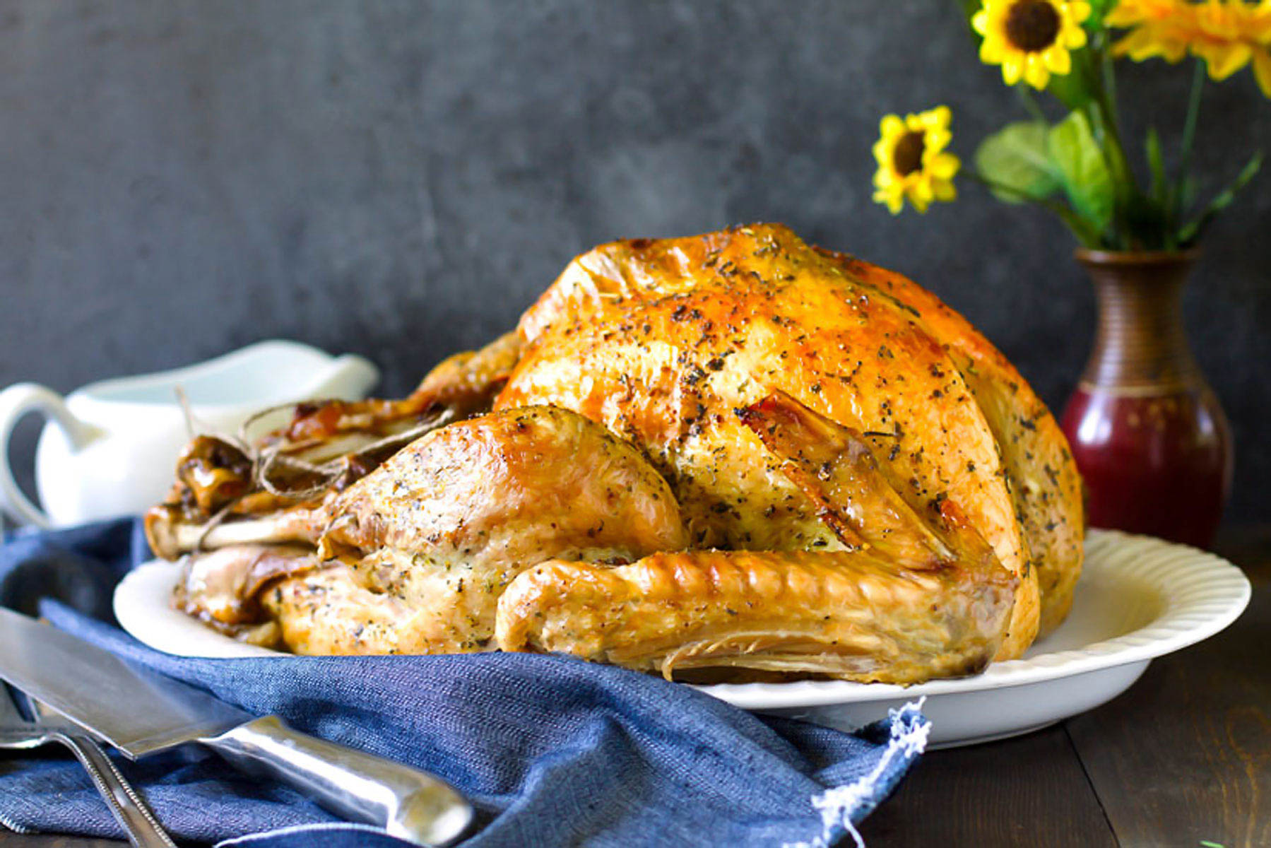 Roast turkey by Jas Brechtl | recipe on allthatsjas.com | Thanksgiving Turkey and Wine Pairings | foodwithaview.com