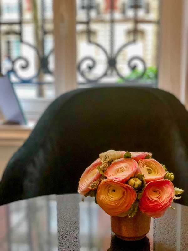 What to eat on a trip to Paris | Restaurants, cafes, food markets and more | Flowers in a Paris hotel | Culinary adventures in Paris on foodwithaview.com