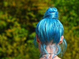 blue hair colourant. Dimethiconol.
