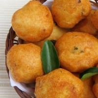 Easy Mysore Bonda Recipe / Ulundu Bonda