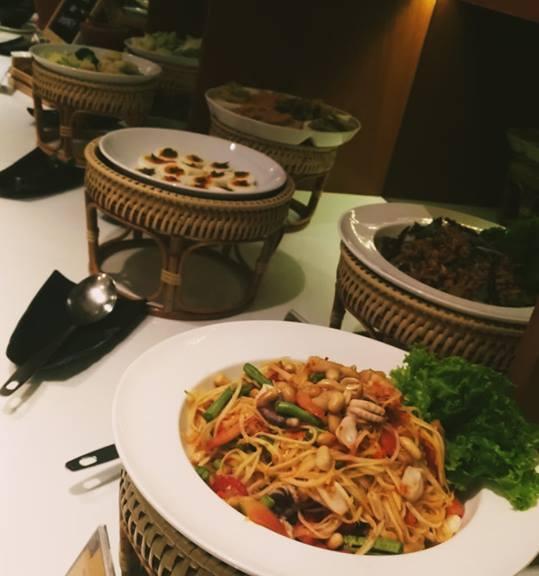 seafood buffet restaurant bangkok 1