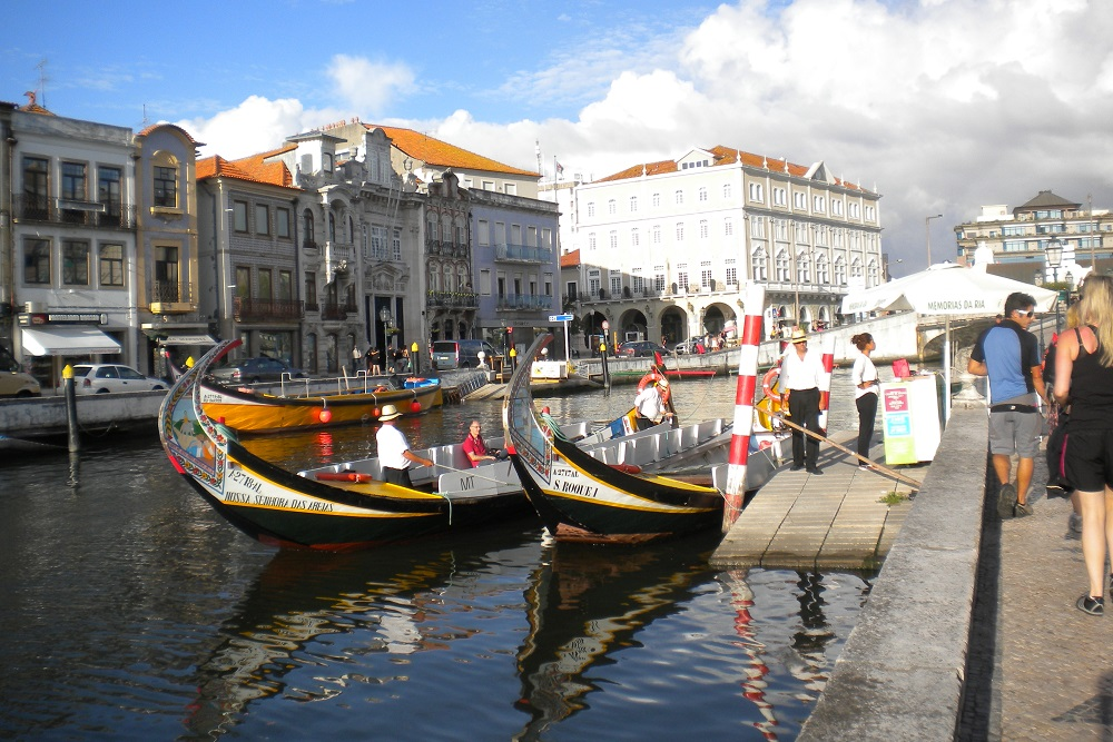 canal at aveiro
