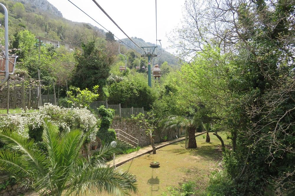 Capri Taking a chair lift gardens opt 1