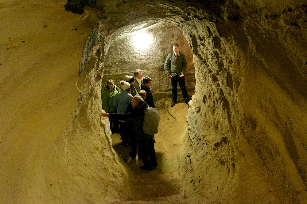 Nottingham Castle Caves. Please credit VisitEngland 110