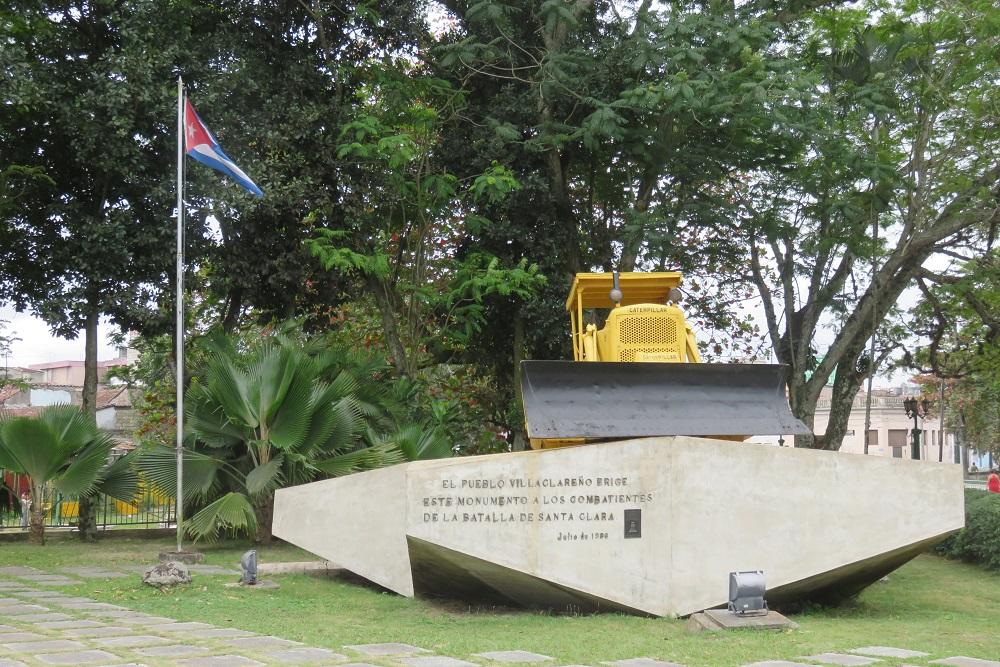IMG 7669 Tren Blindado monument also 7672