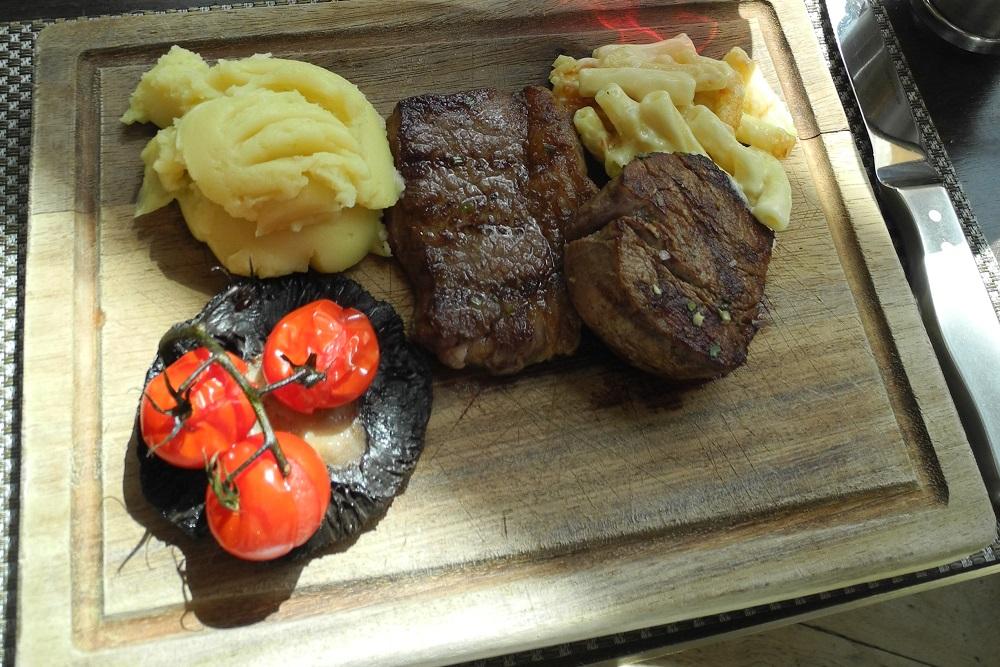 manhattan grill 6