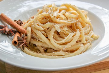 Greek Style Pasta Recipe with Cinnamon and Cheese