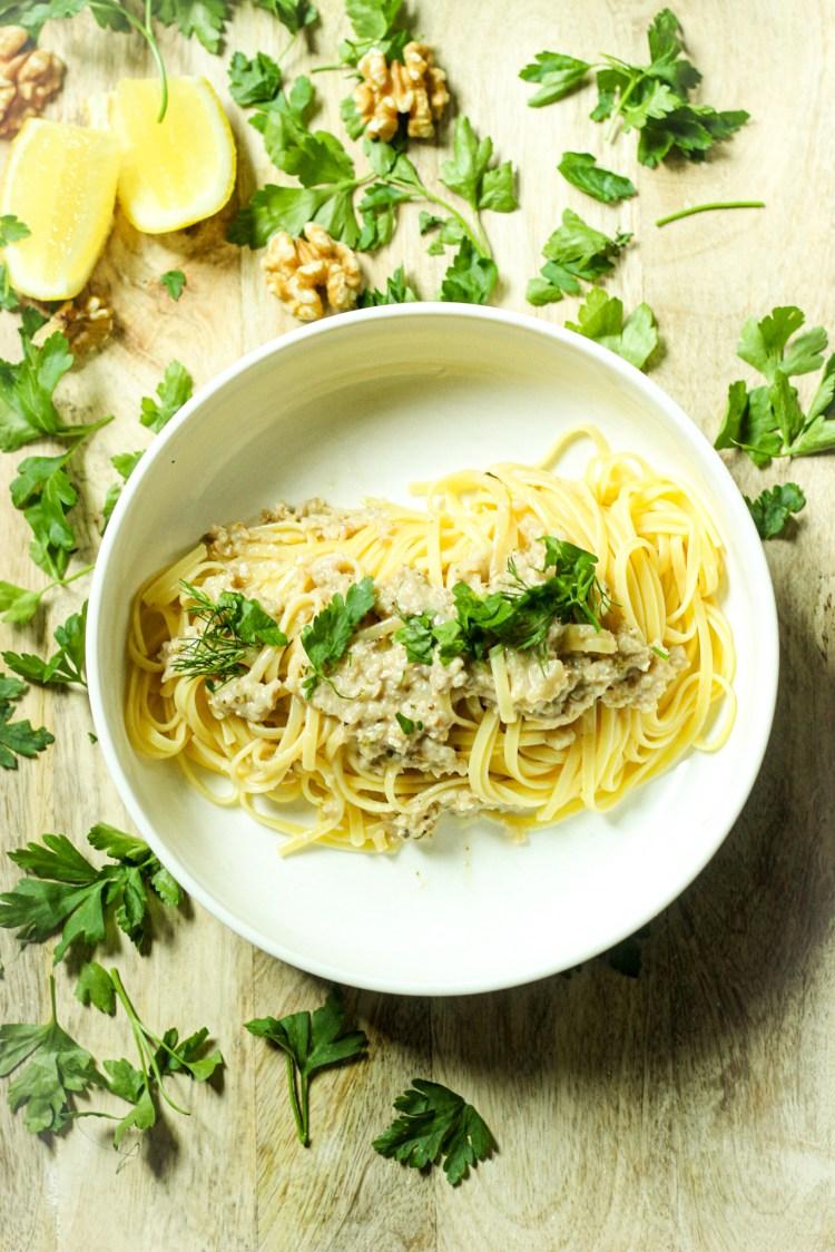 pasta, sauce, dill, parsley