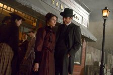 """TIMELESS -- """"The World's Columbian Exposition"""" Episode 110 -- Pictured: (l-r) Abigail Spencer as Lucy Preston, Goran Visnjic as Garcia Flynn -- (Photo by: Sergei Bachlakov/NBC)"""