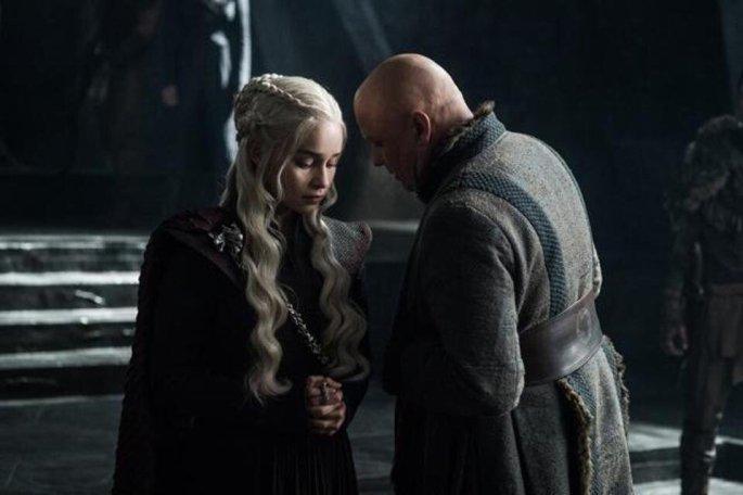 Game of Thrones Dragonstone-Daenerys-Varys-1
