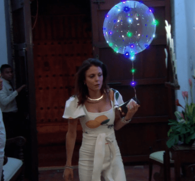bethenny light up balloon rhony real housewives of new york.png