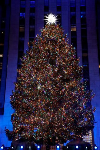 CHRISTMAS IN ROCKEFELLER CENTER -- Pictured: Rockefeller Center Christmas Tree at the 2018 Christmas in Rockefeller Center -- (Photo by: Virginia Sherwood/NBC)