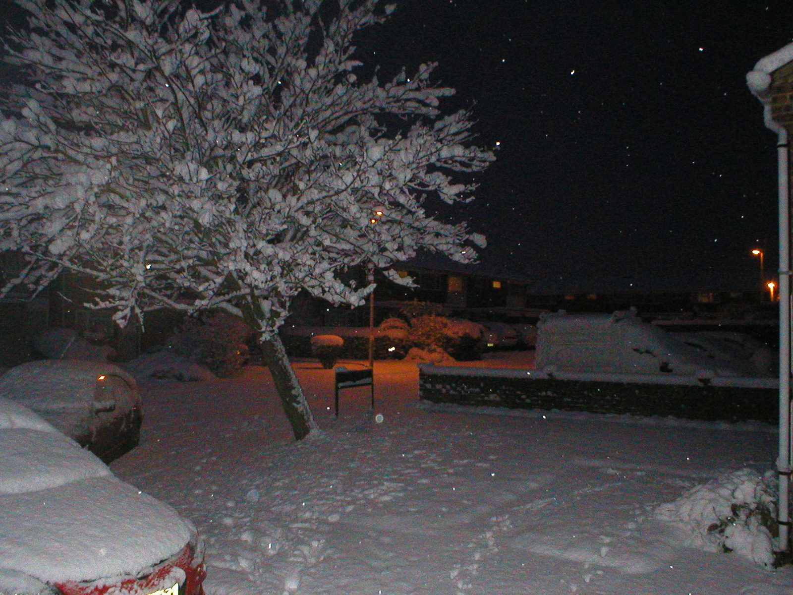 The first coating of snow in Abingdon, Oxfordshire.