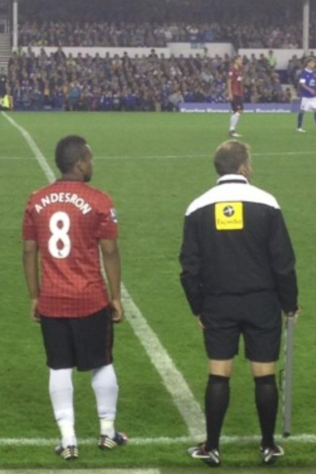 Anderson, who became Andesron against Everton, in Manchester United shirt printing error
