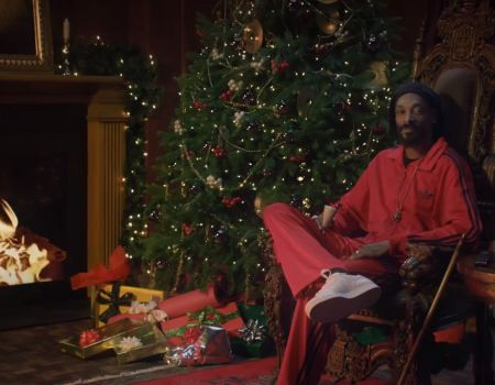 Snoop Dogg/Lion in adidas Presents: The Cautionary Tale of Ebenezer Snoop