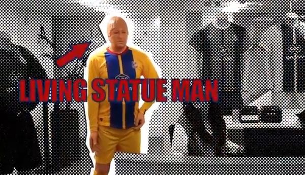 Crystal Palace cheerleaders living statue prank