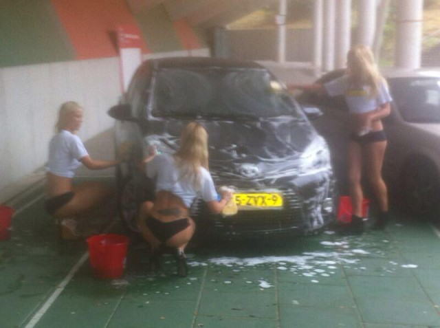 Victor Pálsson's N.E.C. bikini car wash Man of the Match award