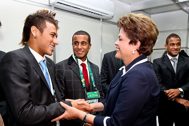 Neymar meets Dilma Rousseff